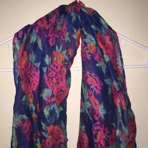 Accessories - Scarf Collection